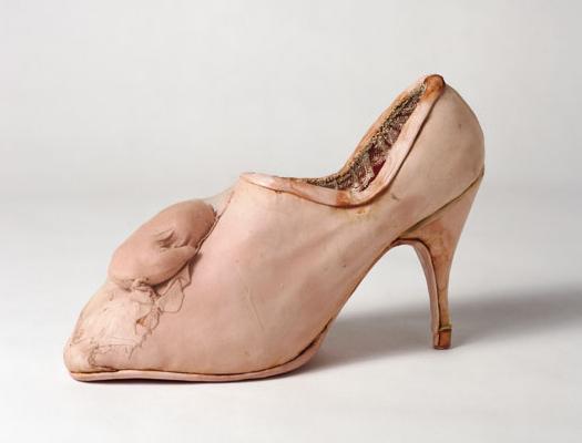 Birgit Jurgenssen, Pregnancy Shoe, 1976