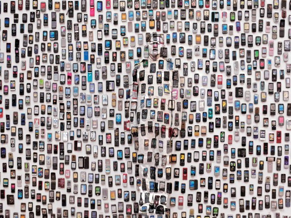 Liu Bolin, Lost in the City - Mobile Phones